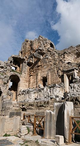 Roma Döneminin Gözde Şehri: Perge Antik Kenti