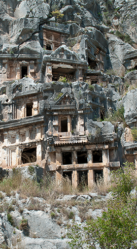Kaya Mezarlarıyla İlgi Çeken Telmessos Antik Kenti