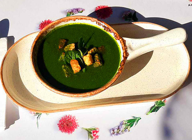 Green Vegetable Detox Soup Recipe For Those Who Want to Keep Fit