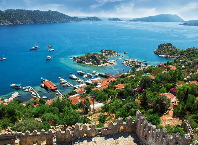 https://blog.baruthotels.com/assets/imgs/upload/616043a852170essiz-guzellikte-bir-turizm-merkezi-kas.jpg